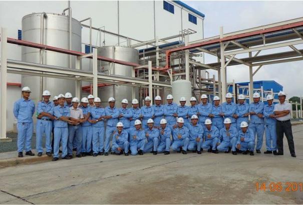 Đội ngũ CB-CNV nhà máy Sorbitol Pháp - Việt